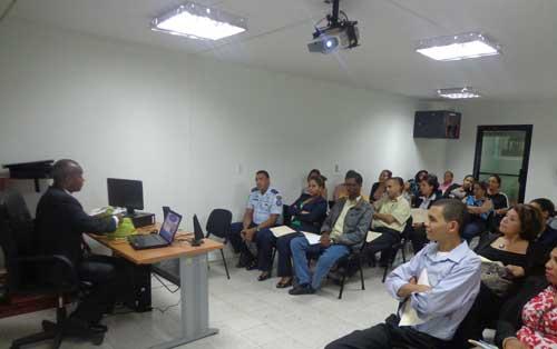 Con mucho entusiasmo finalizó el curso de Servicio al Cliente para empleados de Coopinfa