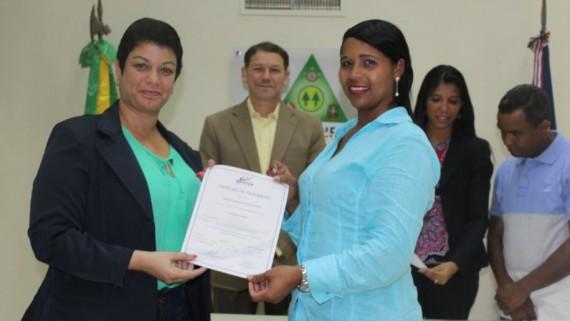 COOPINFA e INFOTEP preocupados por la calidad laboral certifican a empleados