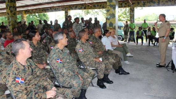 COOPINFA visita Brigada de Apoyo y Combate del ERD; informa y educa para mejor calidad de vida