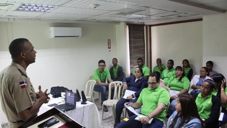 Personal de COOPINFA participa en taller sobre fundamentos del cooperativismo, su estructura social y administrativa